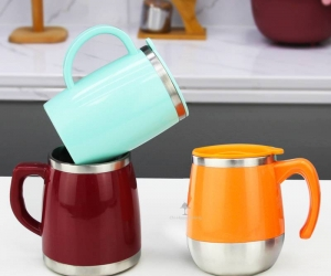 Stainless Steel Colourful Travel Mug with Plastic Lid and Handle Coffee Cups for Hot Drinks HC-03410