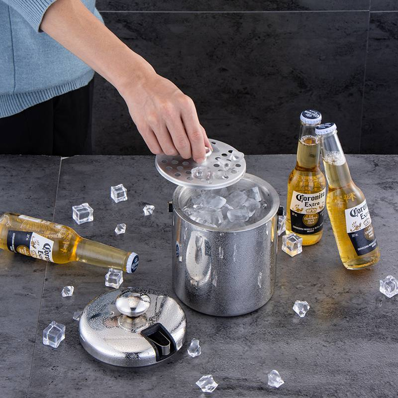 Ice Barrel Insulated Steel Double Walled Ice Bucket with Lid Stainless Steel Ice Tongs HC-02619